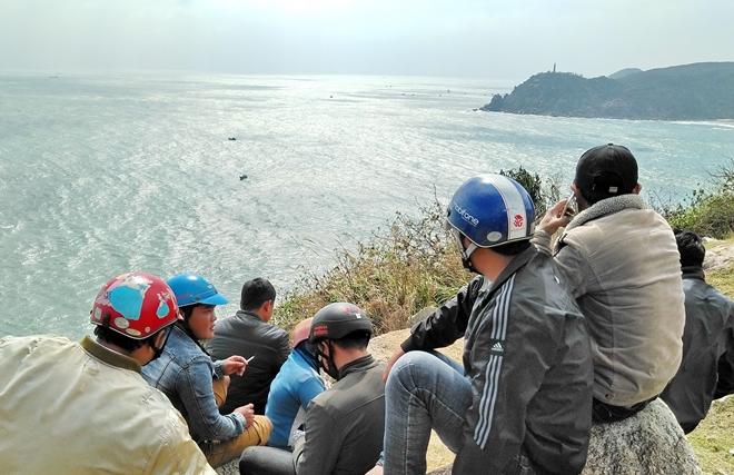 4 ngày tìm kiếm 2 ngư dân mất tích ở vùng biển phía Nam Phú Yên