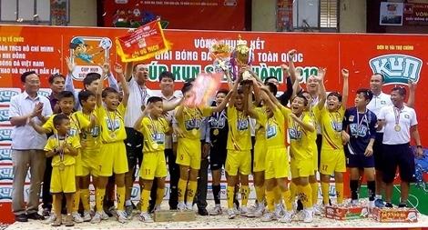 16 đội tranh tài chung kết Giải bóng đá  Nhi đồng Toàn quốc 2020