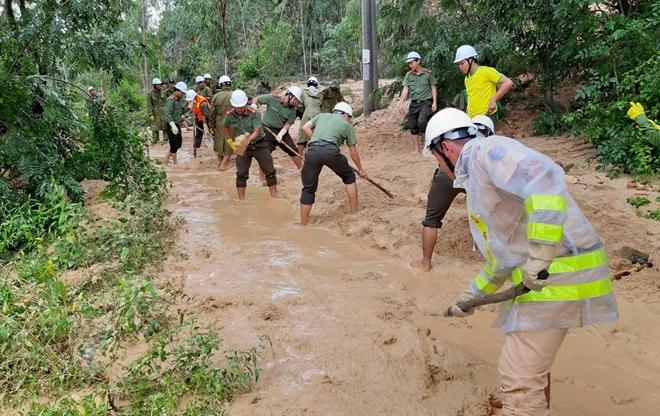 Giúp dân bớt khó khăn sau bão - Ảnh minh hoạ 10