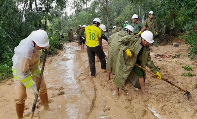 Giúp dân bớt khó khăn sau bão - Ảnh minh hoạ 12