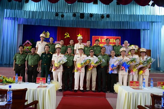 Nhiều hoạt động ý nghĩa nhân kỷ niệm Ngày Nhà giáo Việt Nam - Ảnh minh hoạ 9