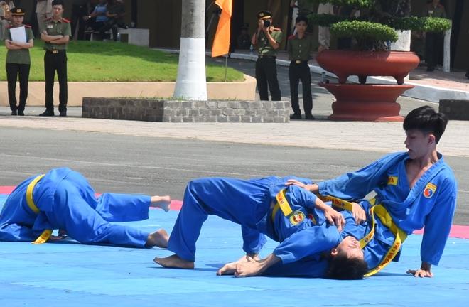 Mãn nhãn với màn biểu diễn võ thuật trong Lễ khai giảng của Đại học ANND - Ảnh minh hoạ 2