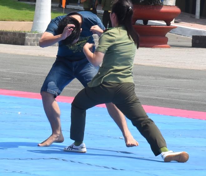 Mãn nhãn với màn biểu diễn võ thuật trong Lễ khai giảng của Đại học ANND - Ảnh minh hoạ 5
