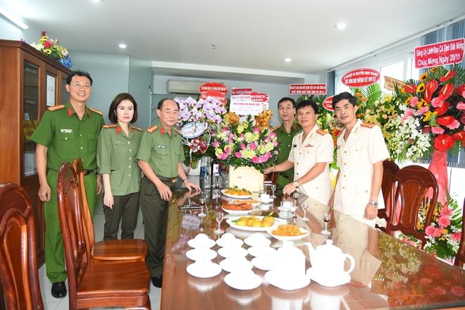 Báo CAND chúc mừng các trường CAND nhân ngày 20/11 - Ảnh minh hoạ 3