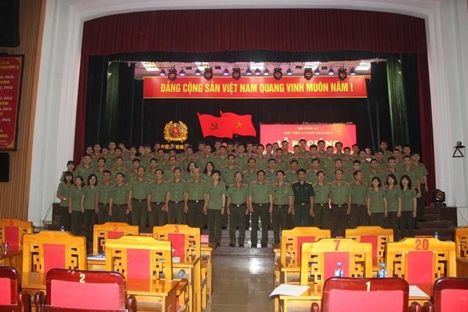 Trao bằng tốt nghiệp và quyết định phong cấp bậc hàm cho hơn 800 tân sỹ quan An ninh - Ảnh minh hoạ 5