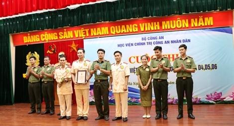 Học viên quốc tế hào hứng tham gia cuộc thi hùng biện tiếng Việt
