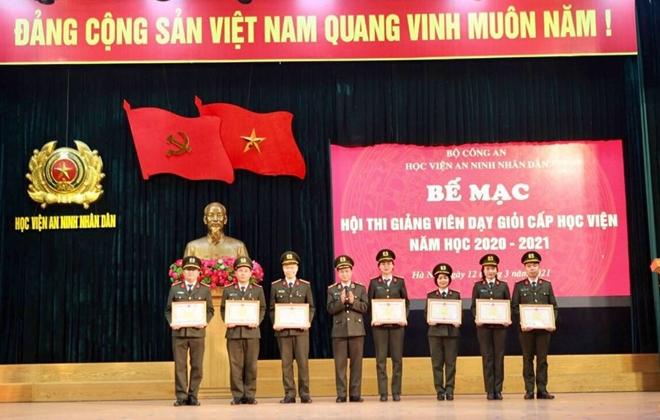 Học viện ANND khen thưởng các giảng viên dạy giỏi - Ảnh minh hoạ 2