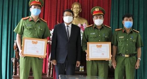 Khen thưởng đột xuất cho 2 tập thể phá án ma tuý tại Đà Lạt