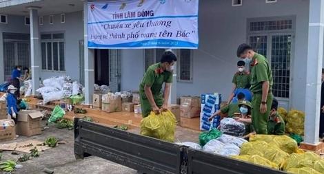 Gần 100 tấn nông sản, thực phẩm hỗ trợ TP Hồ Chí Minh