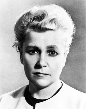 Cuộc đời thăng trầm của người phụ nữ quyền lực nhất Liên Xô