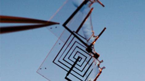Mạch điện tử UAV của DARPA có thể tan trong nước.