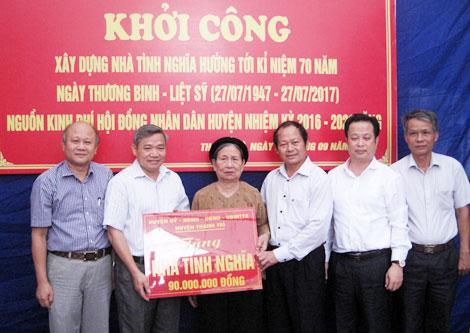 Khởi công xây nhà tình nghĩa cho vợ liệt sỹ Phạm Văn Phẩm
