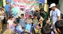 Tặng quà trị giá gần 100 triệu cho đồng bào nghèo và học sinh Cao Bằng