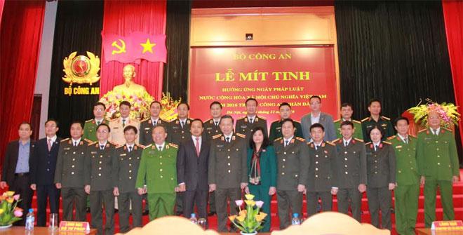 Bộ Công an tổ chức Lễ mít-tinh hưởng ứng Ngày Pháp luật Việt Nam