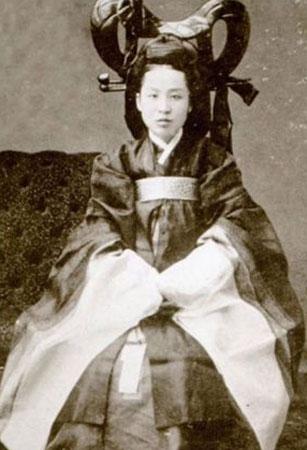 Cuộc đời bi tráng của Vương hậu Triều Tiên cuối cùng (bài 1)