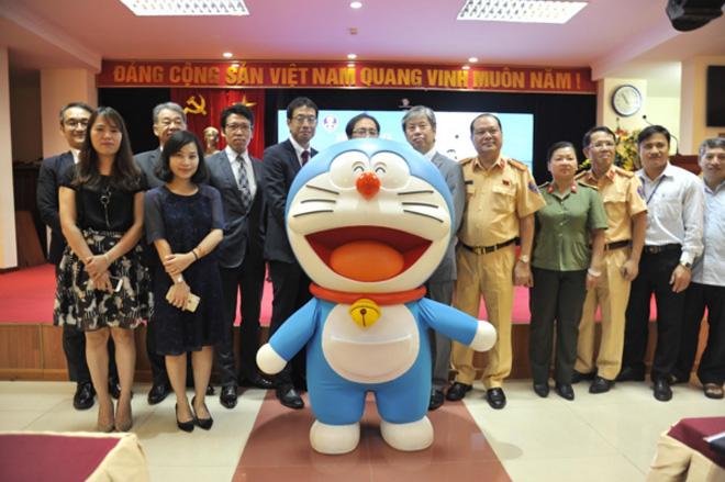 """Phát động cuộc thi sáng tác """"Doraemon với ATGT"""" - Ảnh minh hoạ 2"""
