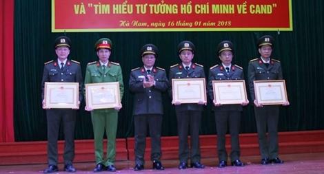 Công an Hà Nam tổng kết và trao giải 3 cuộc thi