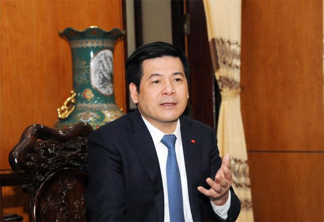 Chủ tịch UBND tỉnh Thái Bình Nguyễn Hồng Diên đang trao đổi với phóng viên về kinh nghiệm 5 năm không tiếng pháo ở Thái Bình.