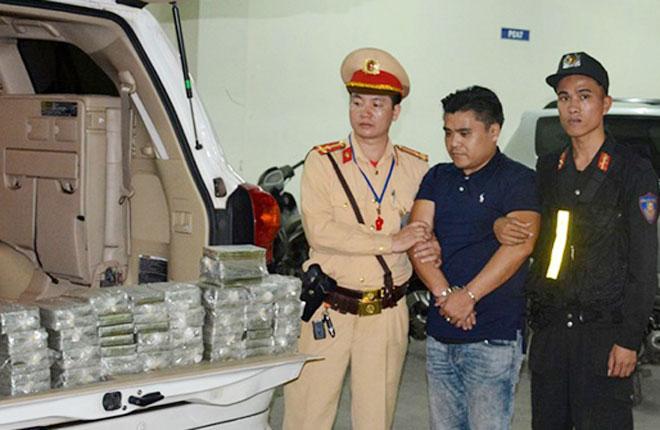 CSGT phát hiện 458 vụ phạm pháp hình sự trong tháng 4