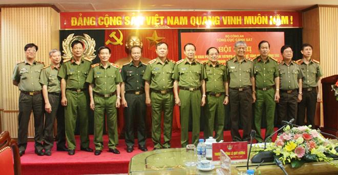 Tăng cường đấu tranh với tội phạm ma túy tại xã Hang Kia, Pà Cò và xã Lóng Luông - Ảnh minh hoạ 2