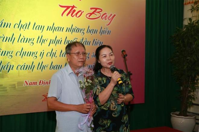 """CLB Công an hưu trí tỉnh Nam Định """"trình làng thơ phú buổi đầu tiên"""" - Ảnh minh hoạ 2"""