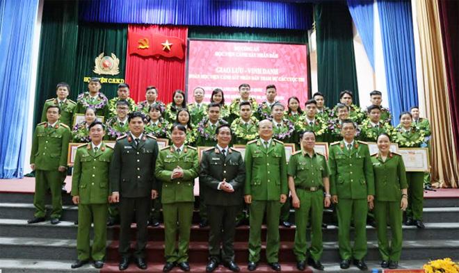 Học viện CSND tuyên dương các học viên đạt thành tích cao