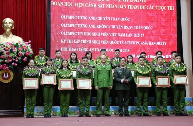 Học viện CSND tuyên dương các học viên đạt thành tích cao - Ảnh minh hoạ 2