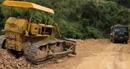 Lợi dụng thi công đường để khai thác đất san lấp mặt bằng