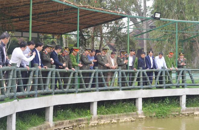 Thứ trưởng Nguyễn Văn Thành dâng hương tại Khu di tích quốc gia Kim Liên, Nghệ An - Ảnh minh hoạ 6