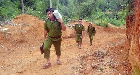 Một cán bộ Đoàn năng nổ ở Công an huyện biên giới