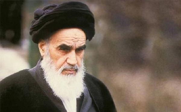 Giáo chủ Ayatollah Khomeni.