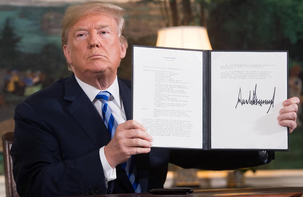 """JCPOA lại bị Tổng thống Donald Trump coi là một thoả thuận """"bỏ đi""""."""