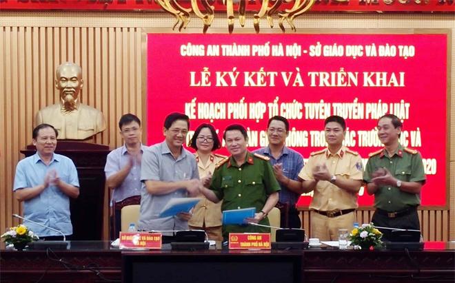 CATP Hà Nội và Sở GDĐT phối hợp tuyên truyền pháp luật về trật tự ATGT