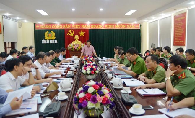 Đoàn kiểm tra của Tỉnh ủy Nghệ An làm việc với Đảng bộ Công an tỉnh