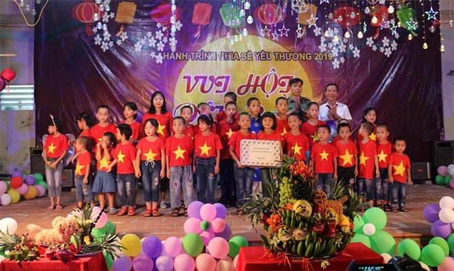 Mang trung thu đến với trẻ em nghèo, mồ côi - Ảnh minh hoạ 7