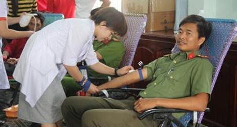 Lan tỏa phong trào hiến máu cứu người trong Công an Lâm Đồng