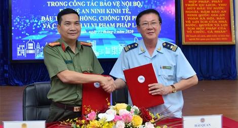 Công an TP Hồ Chí Minh phối hợp Hải quan đấu tranh với các loại tội phạm