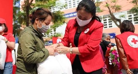Hà Nội tổ chức 6 điểm phát lương thực, thực phẩm miễn phí