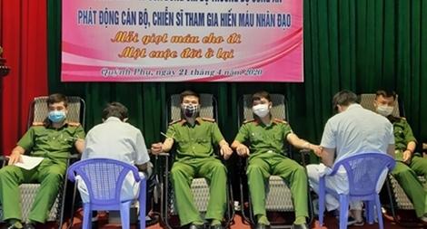 Công an tỉnh Thái Bình hiến hơn 1.000 đơn vị máu