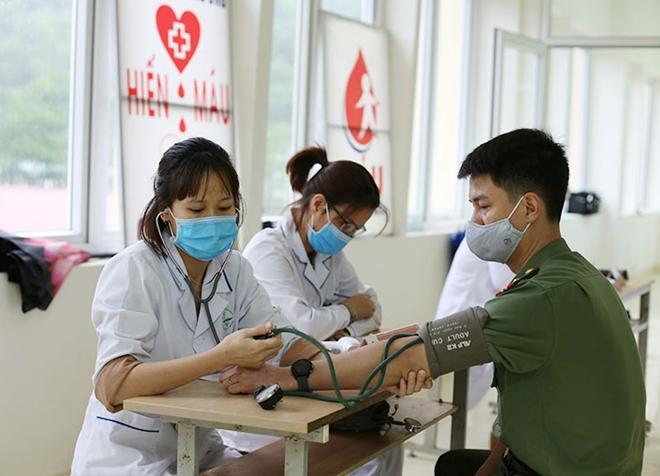 Công an tỉnh Sơn La tổ chức hiến máu tình nguyện - Ảnh minh hoạ 2