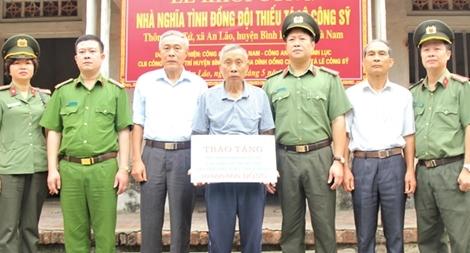 Xây dựng nhà nghĩa tình đồng đội tại Hà Nam