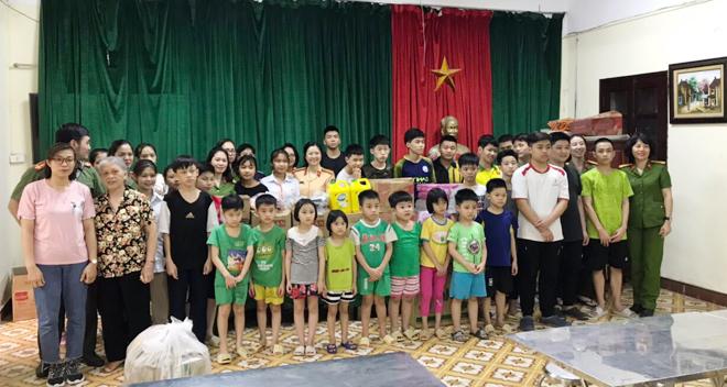 Trao quà hỗ trợ trẻ mồ côi tại Trung tâm nuôi dưỡng trẻ mô côi Hà Cầu - Ảnh minh hoạ 5