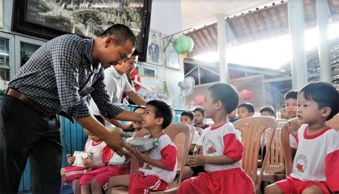 Hành trình của 1,7 triệu ly sữa đến với trẻ em khó khăn cả nước - Ảnh minh hoạ 3