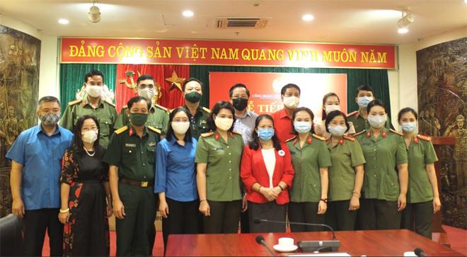 Tiếp nhận trang thiết bị y tế ủng hộ Bệnh viện 199 phòng chống dịch - Ảnh minh hoạ 4