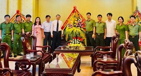 Tỉnh ủy Thanh Hóa chúc mừng cán bộ, chiến sĩ Công an