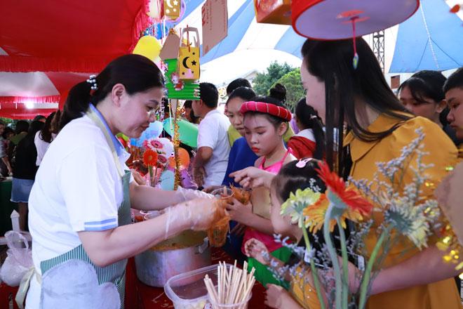 Công an tỉnh Đắk Nông tổ chức Tết Trung thu cho con em cán bộ chiến sĩ - Ảnh minh hoạ 3