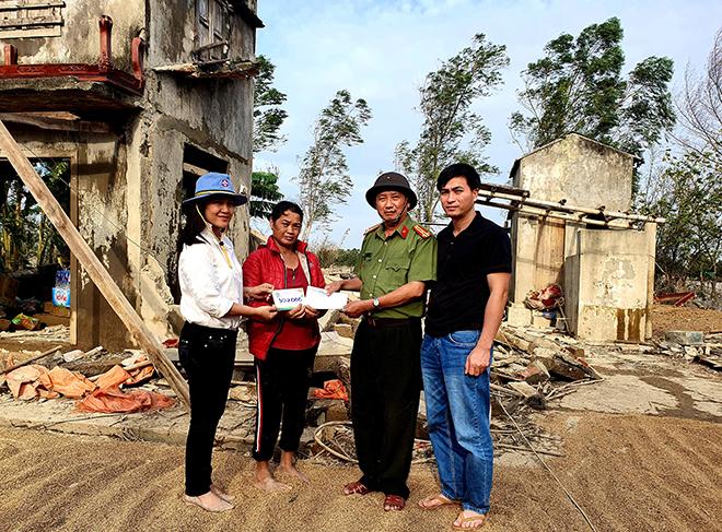 Hơn 1.000 phần quà đến với người dân vùng lũ Quảng Bình - Ảnh minh hoạ 5
