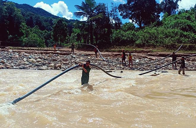 Bám địa bàn giúp dân khắc phục hậu quả lũ lụt - Ảnh minh hoạ 2