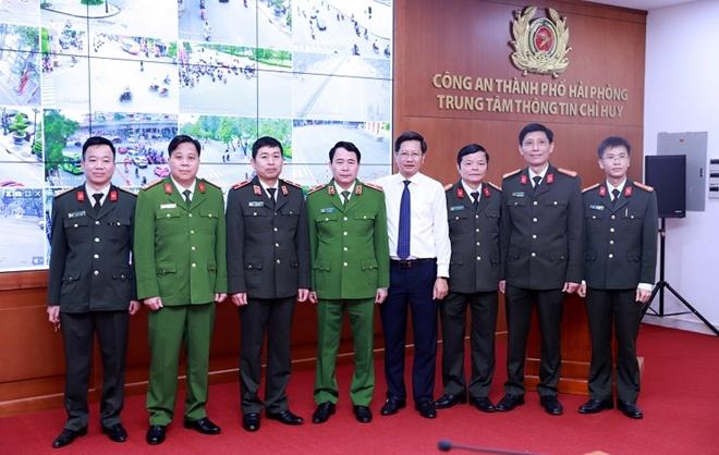 Thứ trưởng Bộ Công an Lê Quốc Hùng làm việc với Công an TP Hải Phòng - Ảnh minh hoạ 3