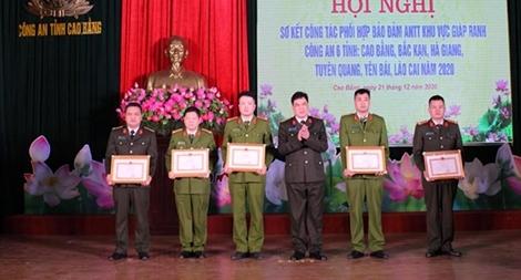 Phối hợp bảo đảm ANTT khu vực giáp ranh 6 tỉnh